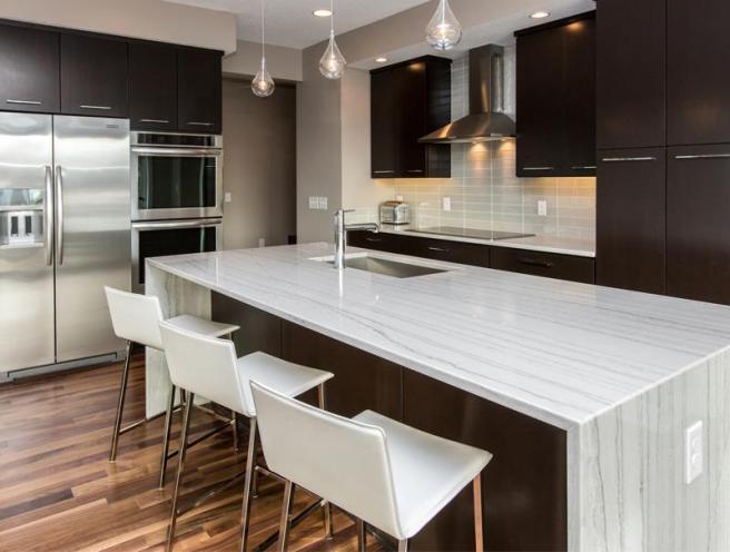 white-quartzite-kitchen-countertop-3.jpg